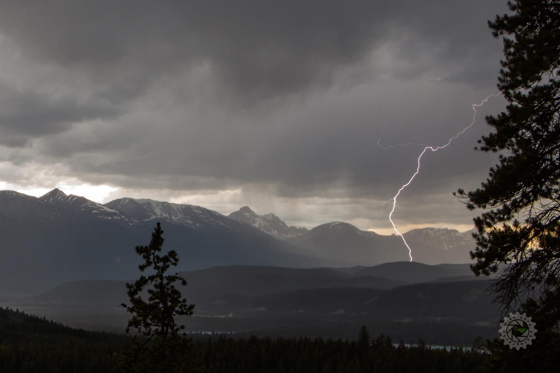 mike,gere,photo,photograhy,jasper,alberta,national,park,landscape,lightning