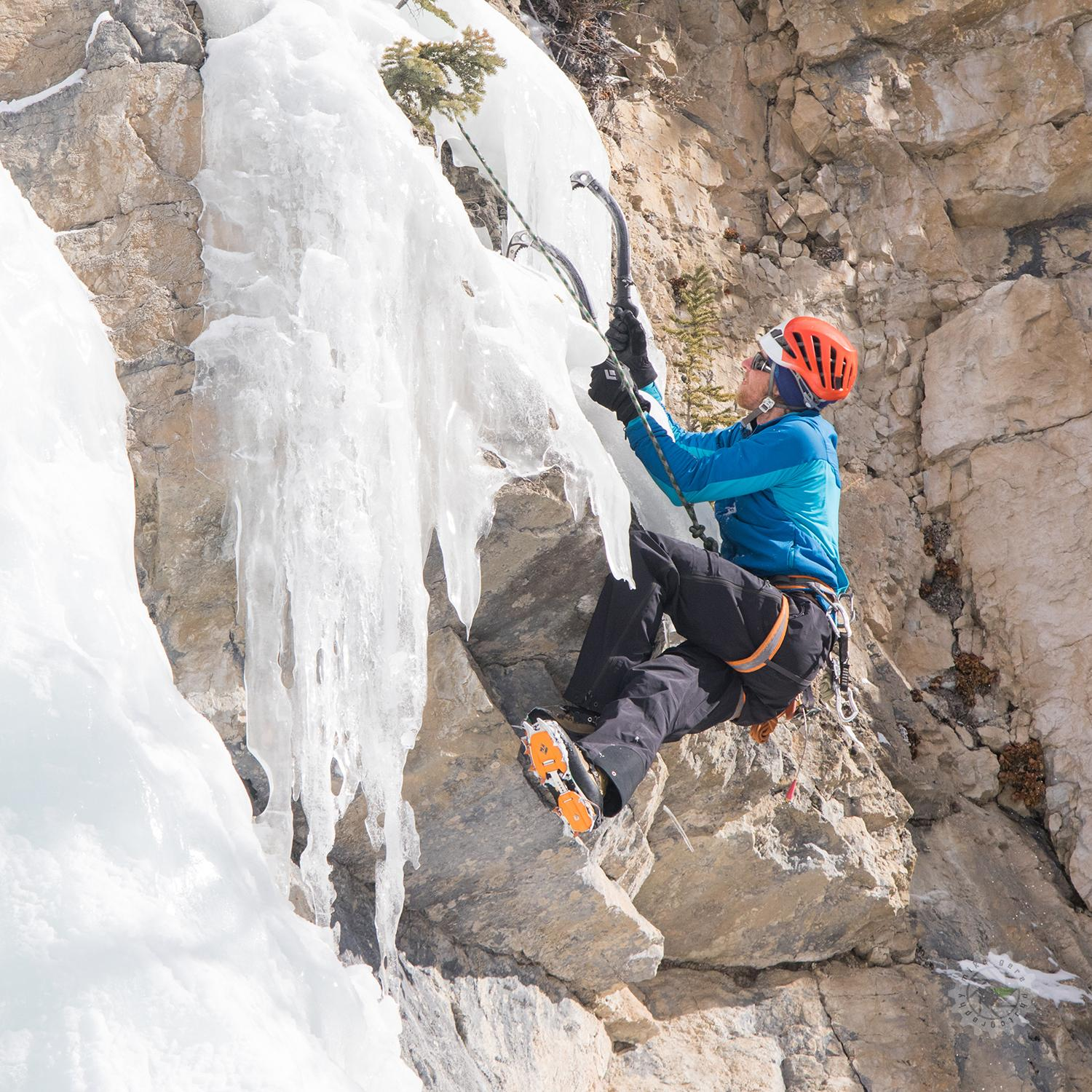 mike,gere,photo,photography,jasper,alberta,canada,adventure,national,park,ice,climb,ryan,titchner