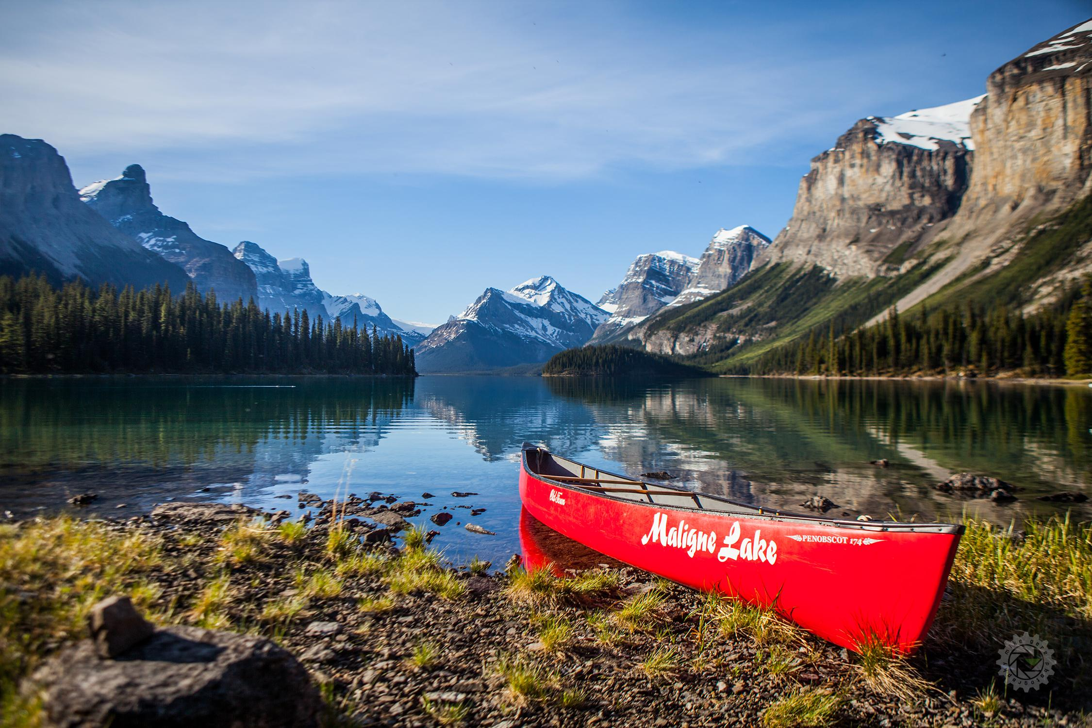mike,gere,photo,photography,jasper,alberta,national,park,canada,maligne,lake,canoe